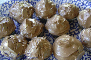 Semi Homemade Chocolate Cupcakes w/ Cream Cheese Icing