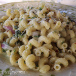 ~ Quick and Easy Creamy Spinach and Macaroni ~