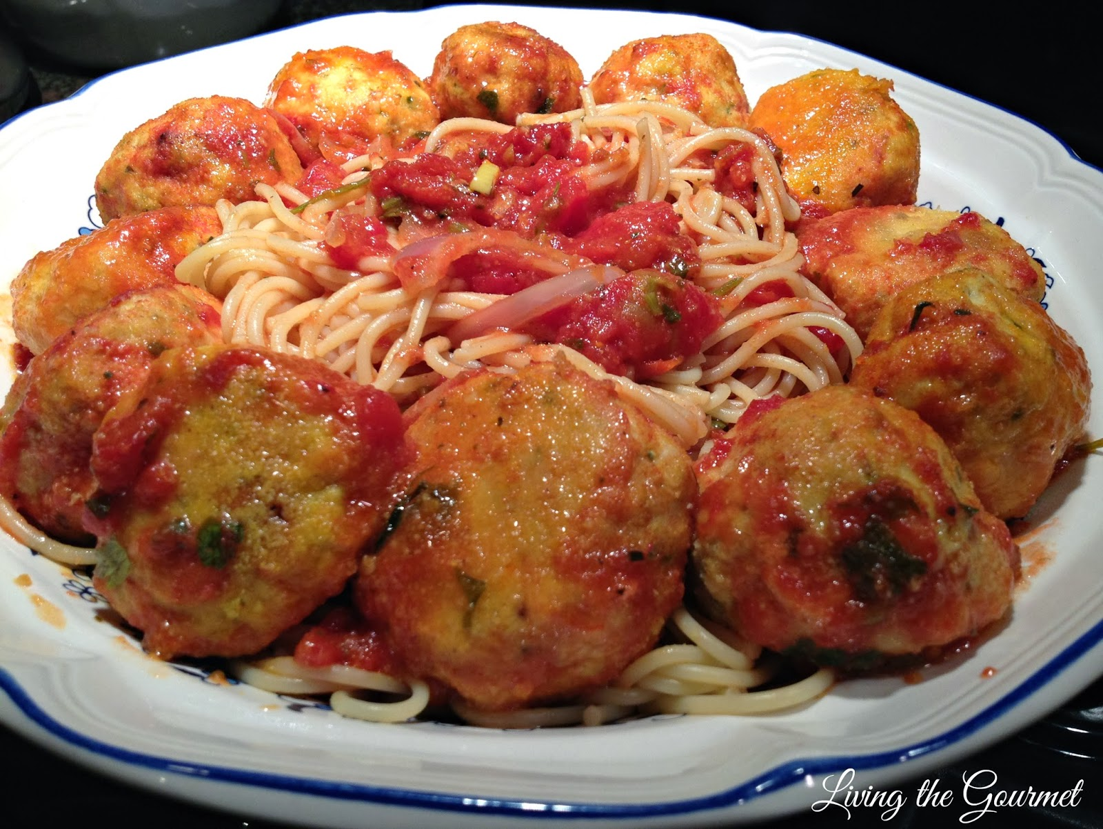 Chicken Balls with Red Sauce and Spaghetti2