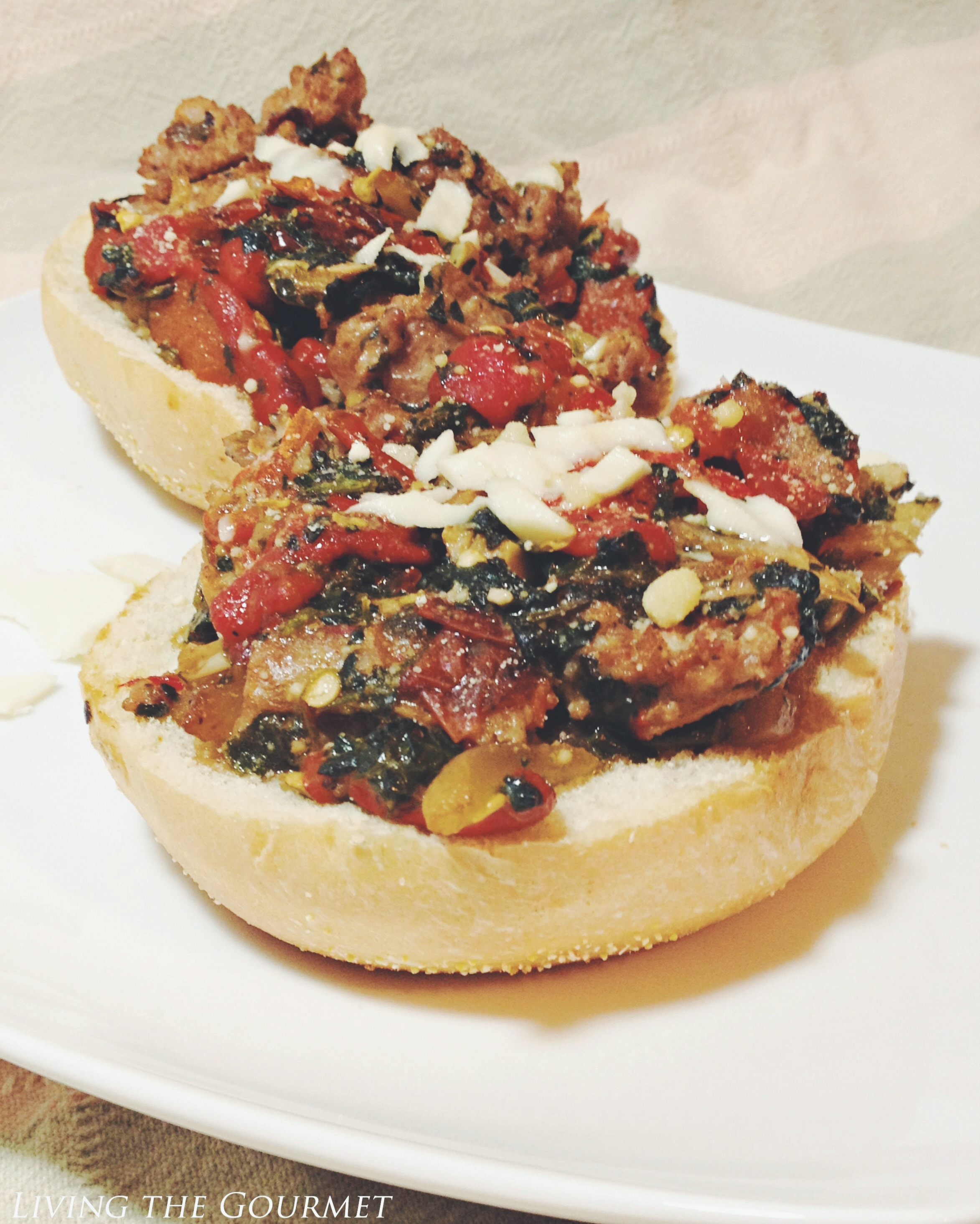 Living the Gourmet: Roasted Peppers & Creamed Spinach Sausage Sandwich