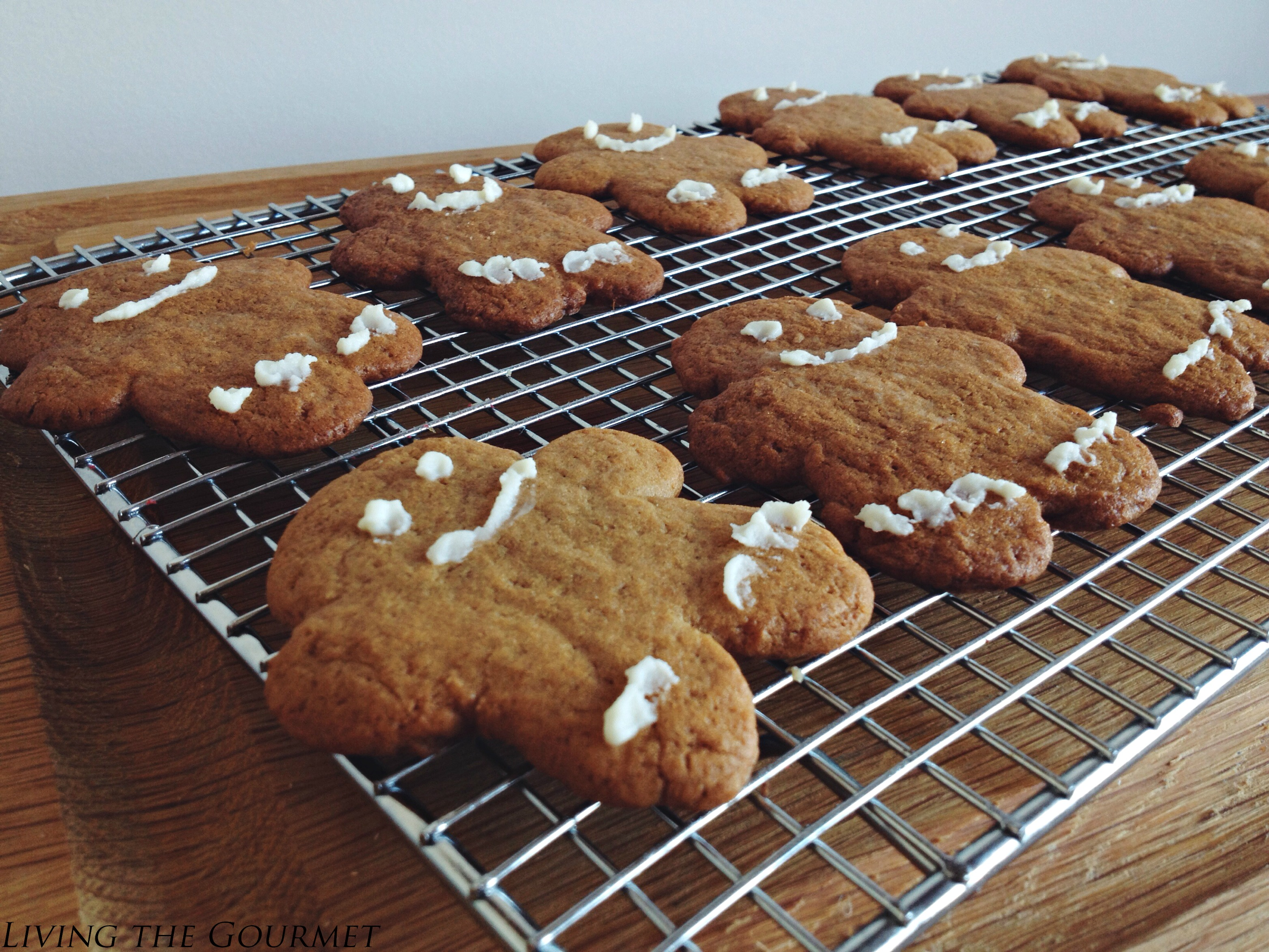Living the Gourmet: Fresh Ginger Cookies