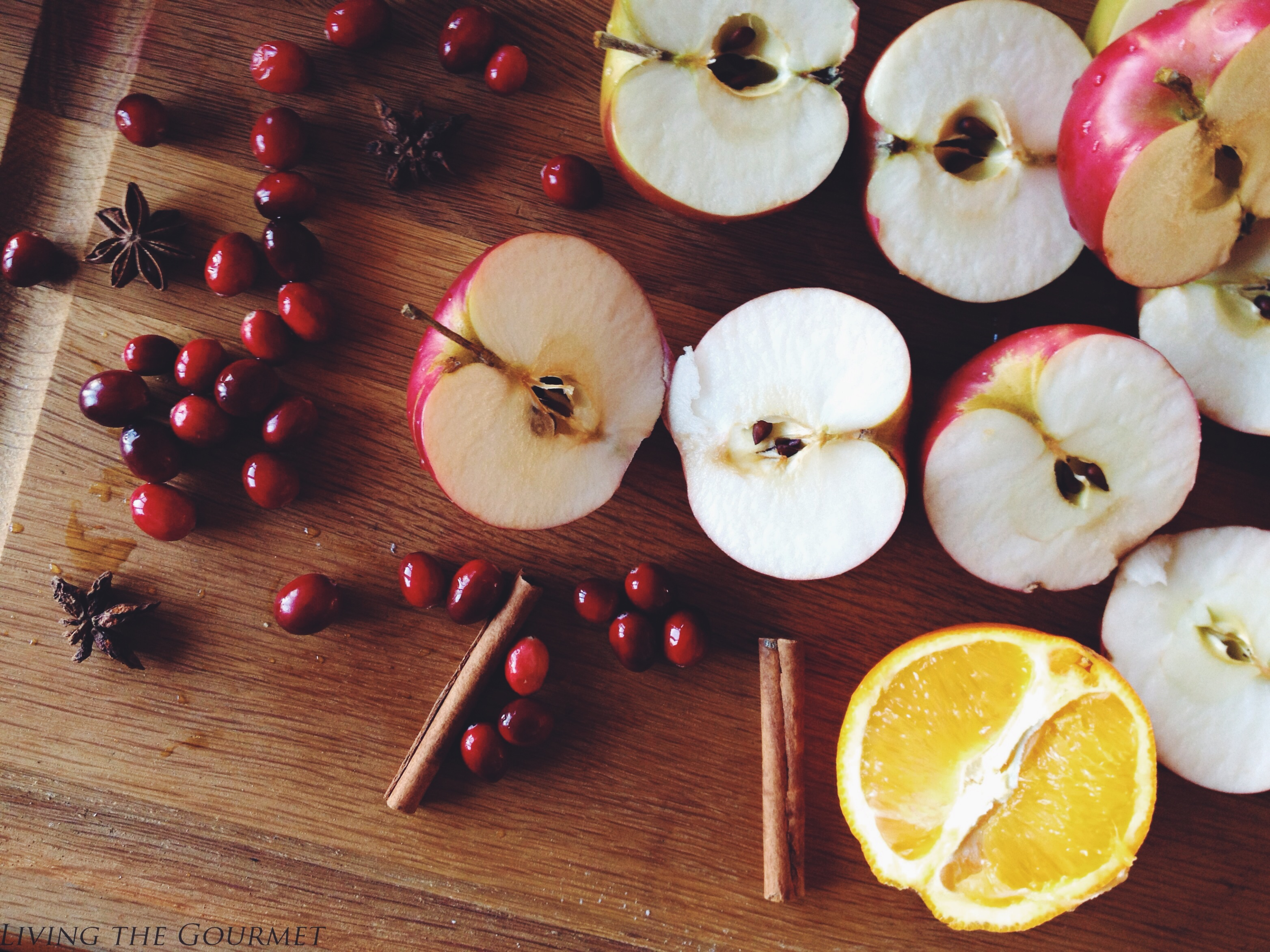 Living the Gourmet: Homemade Spiced Cider