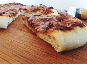 Oven Roasted Tomato Pizza {Feat. Panasonic FlashXpress Toaster Oven}
