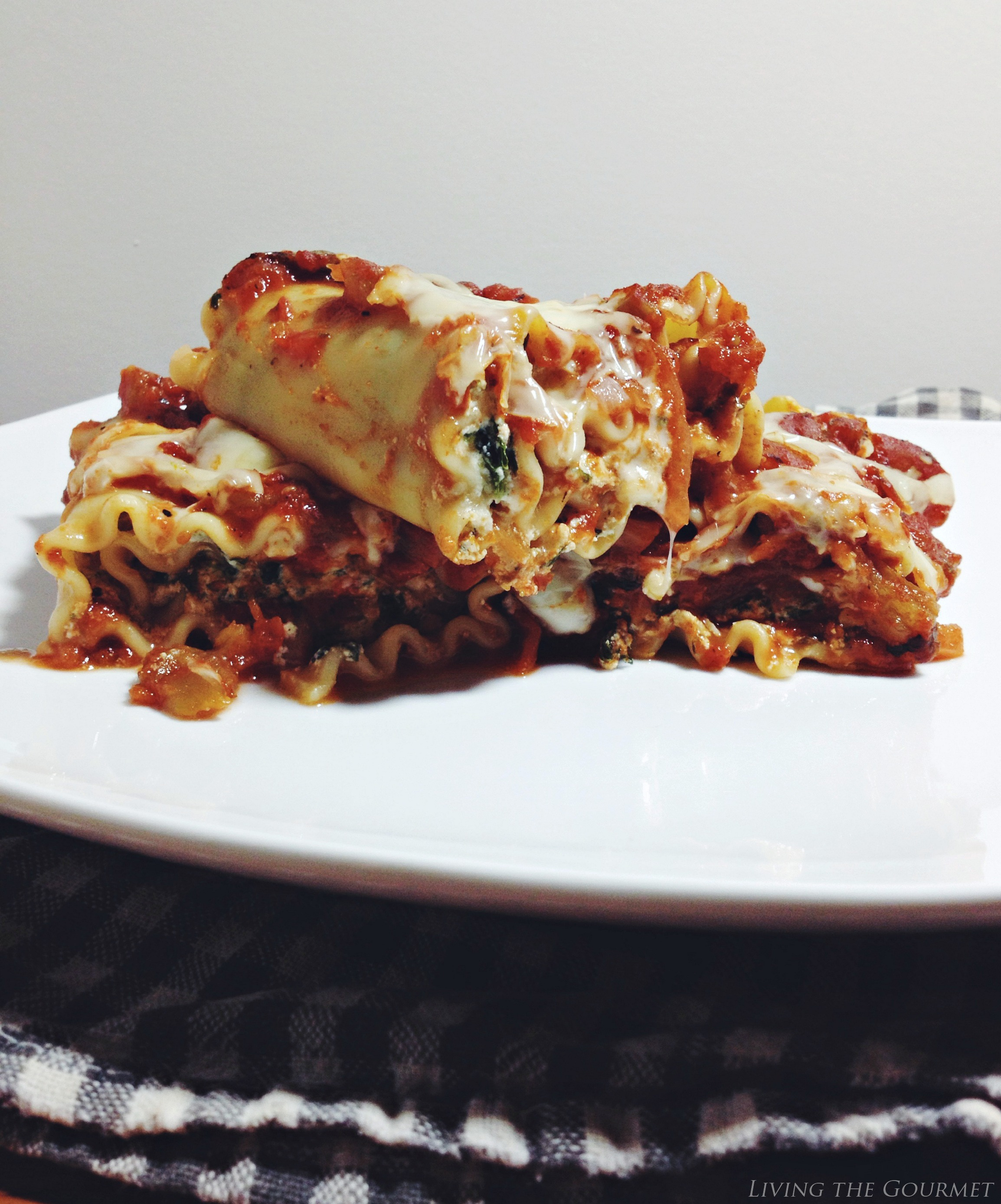 Living the Gourmet: Sweet Lasagna Roll-Ups