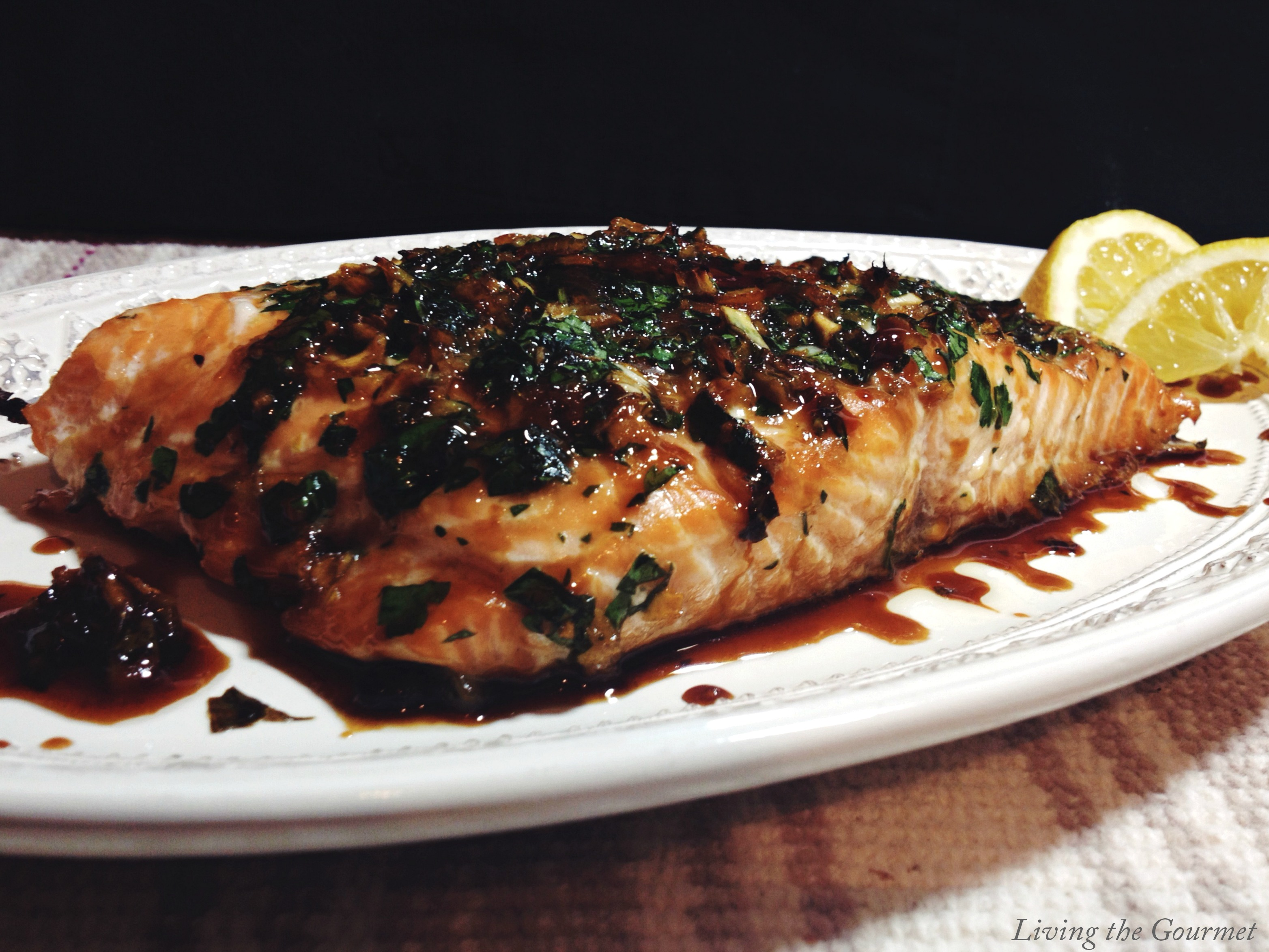Living the Gourmet: Asian Style Marinated Salmon Filet