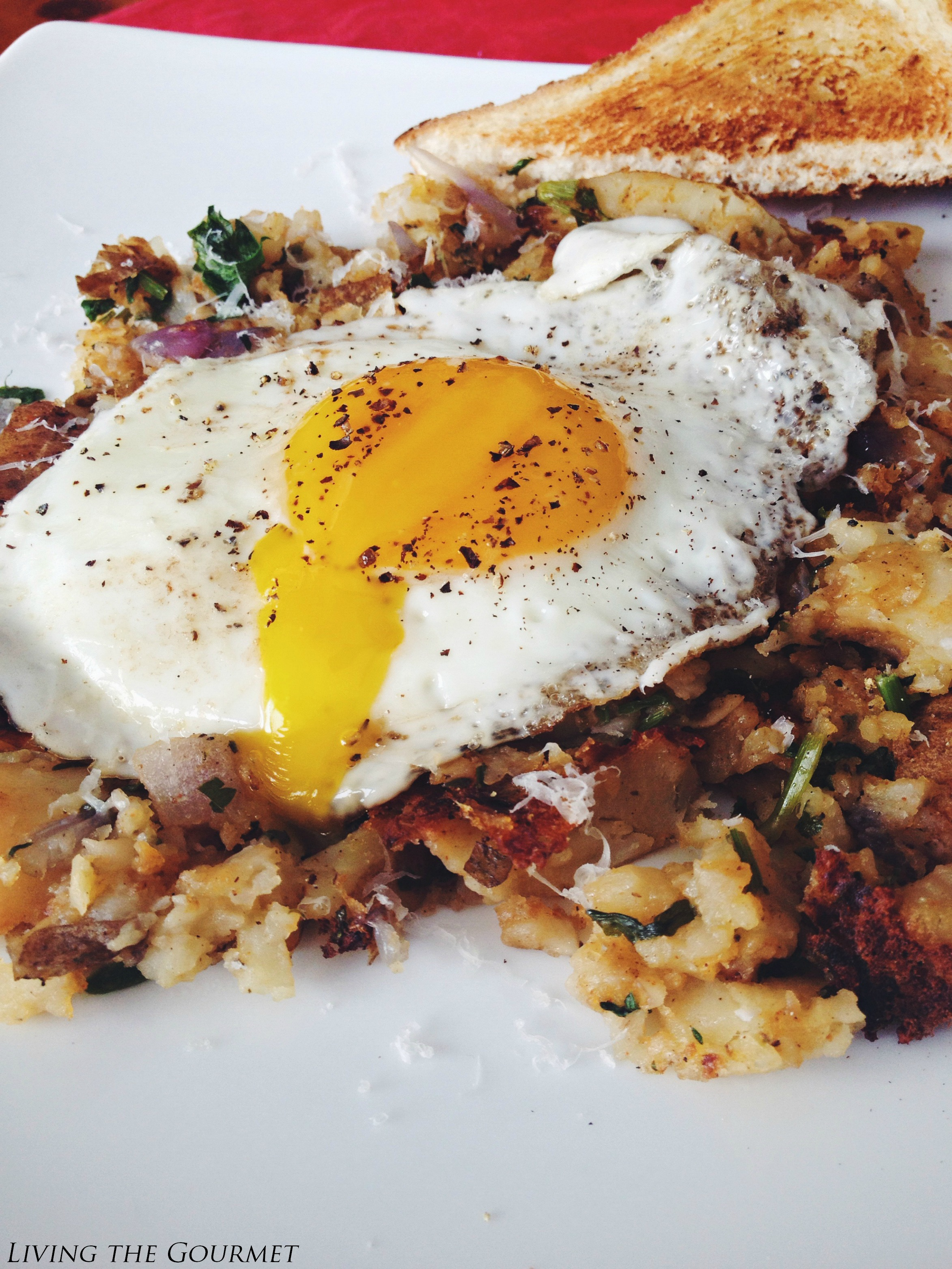 Living the Gourmet: Home Fries and Eggs