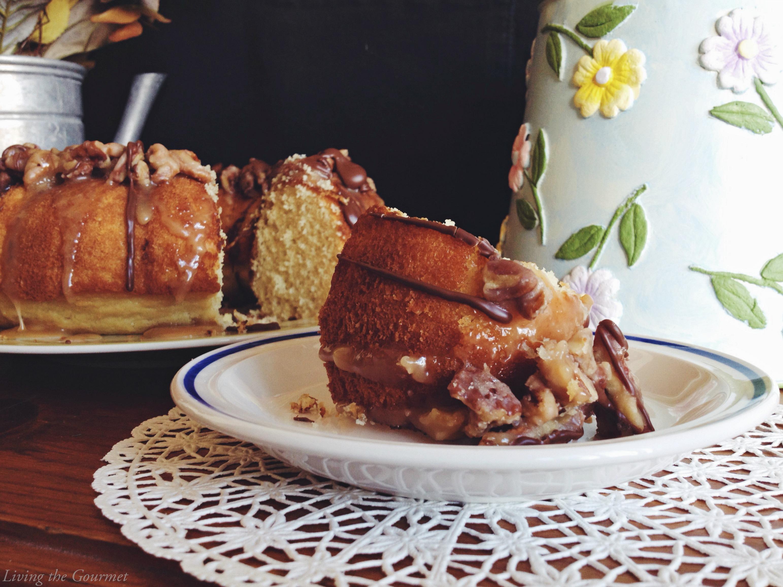 Living the Gourmet: Golden Nut Bundt (Juliettes Bundt)
