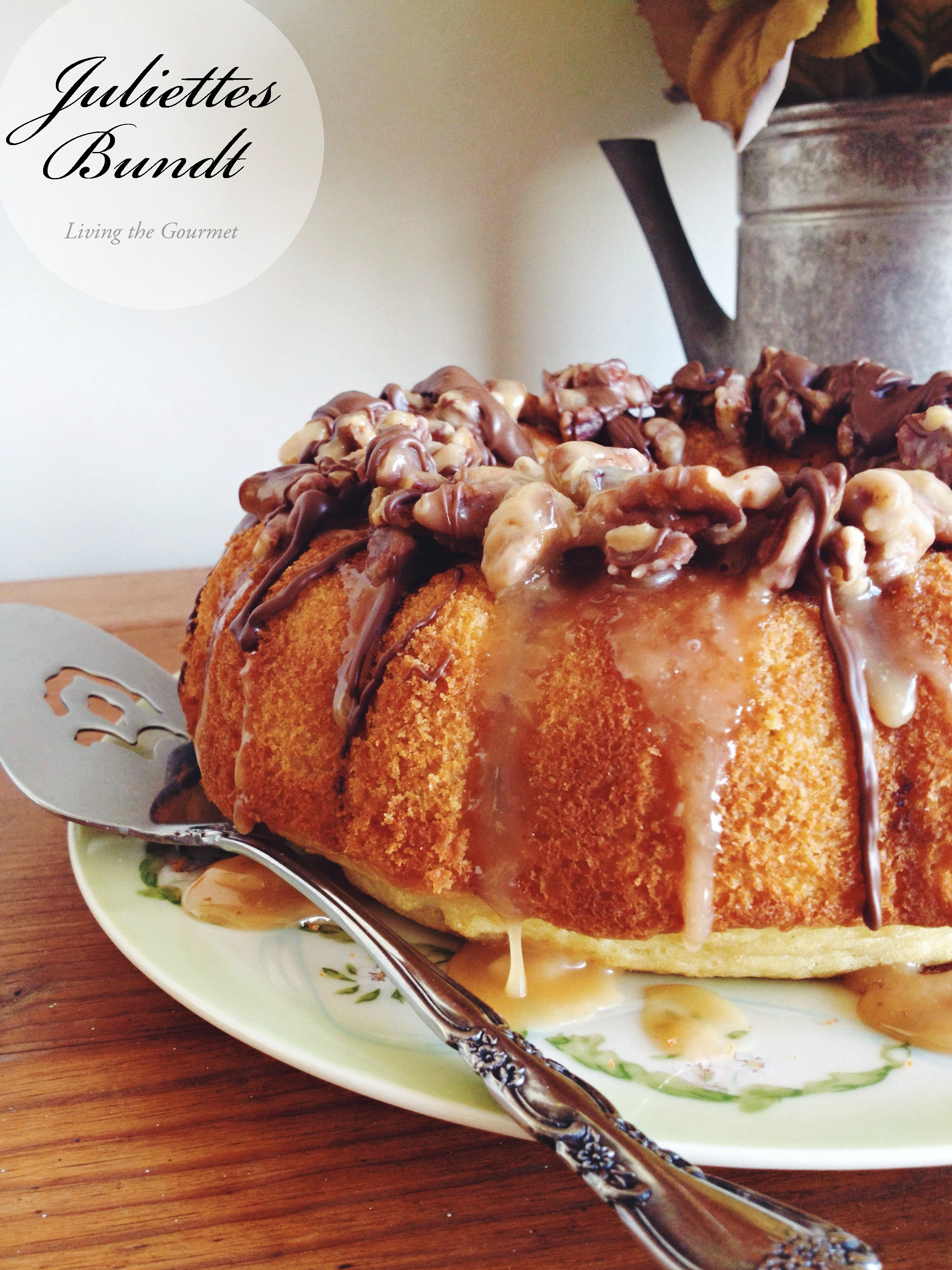 Living the Gourmet: Golden Nut Bundt (Juliettes Bundt)