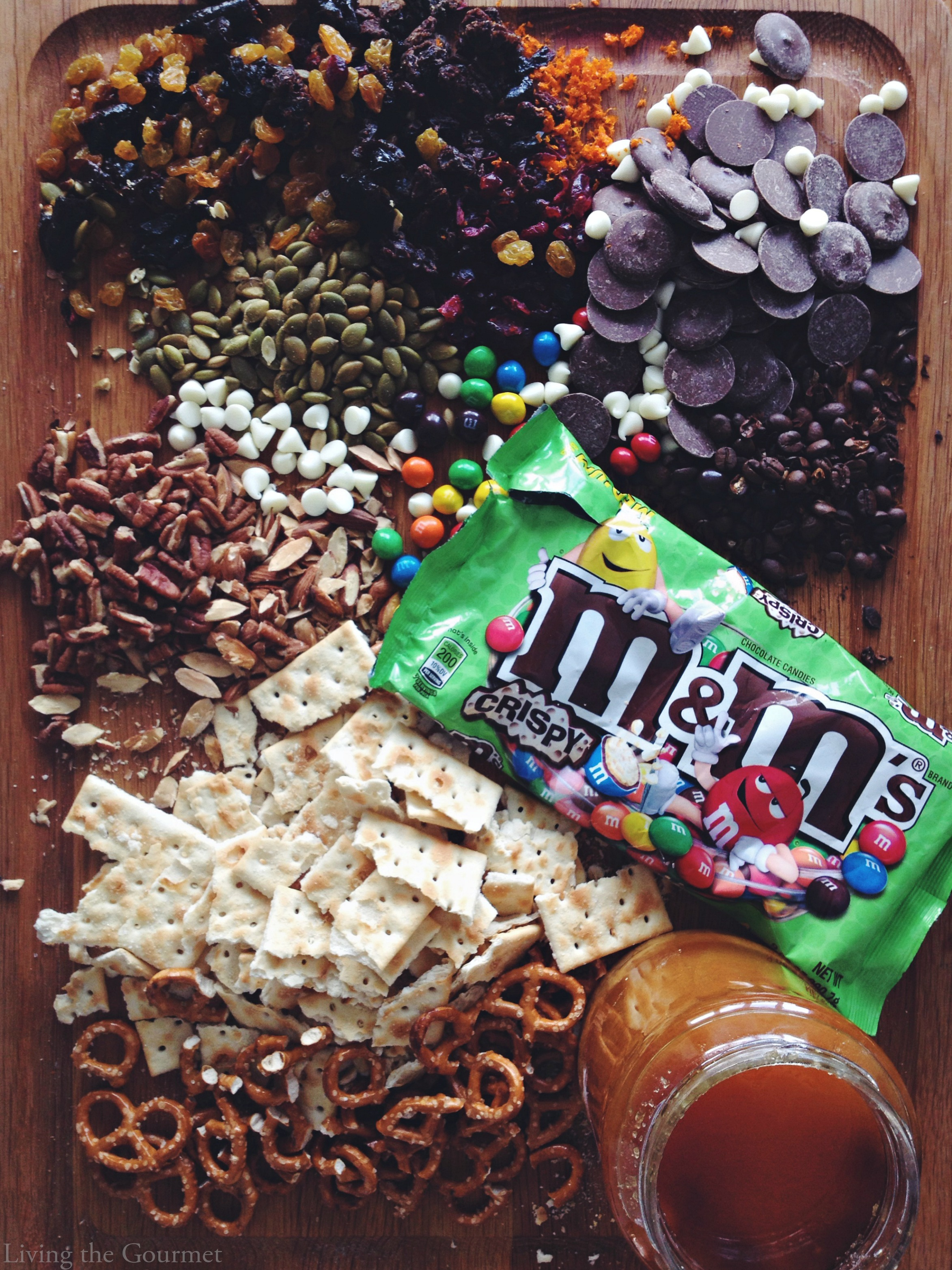 Living the Gourmet: Honey & Chocolate Bark featuring M&M's Cripsy