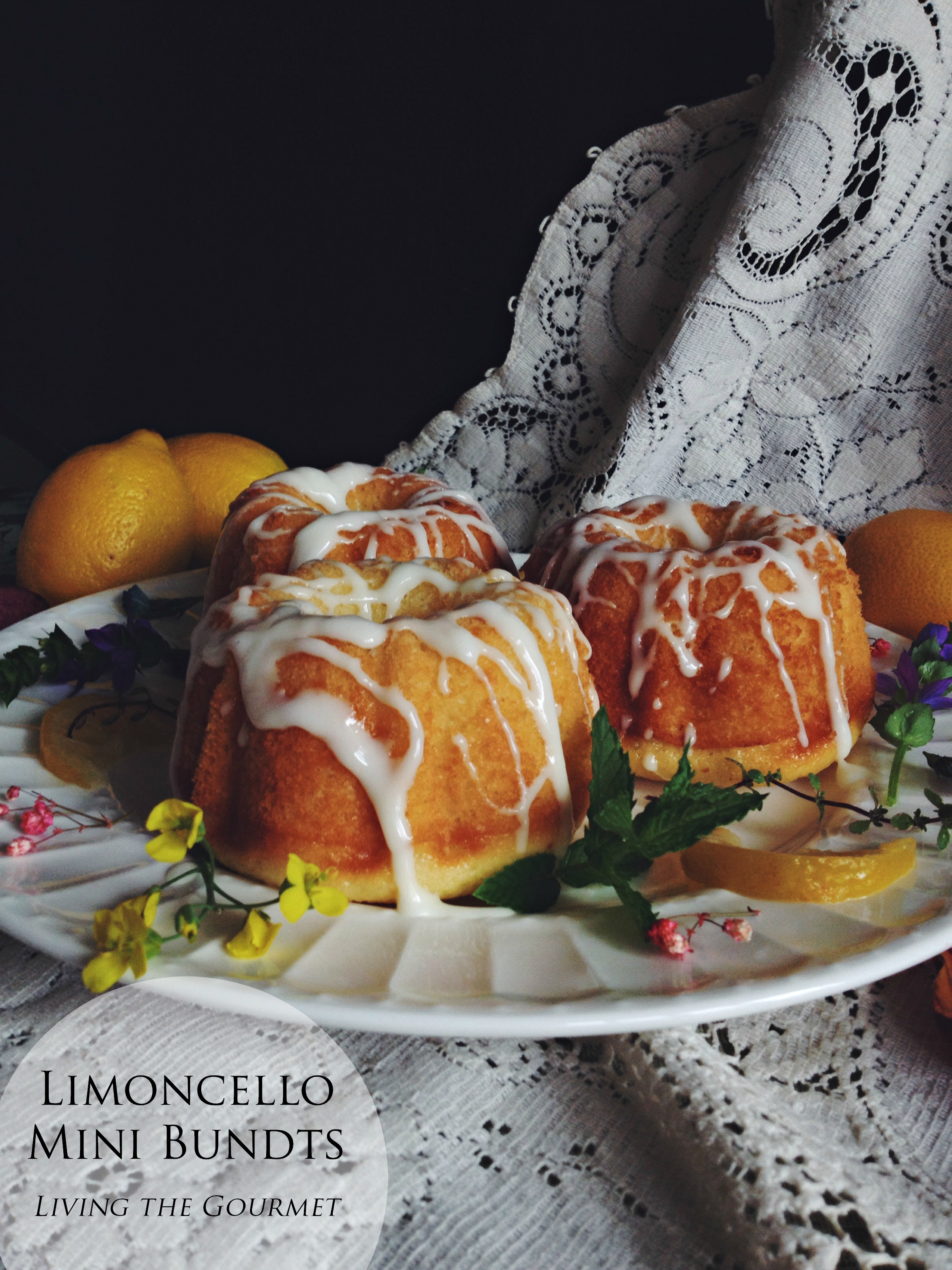 Limoncello Mini Bundts | #BundtBakers
