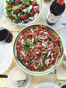 Pasta al pomodoro & Middle Sister Wine