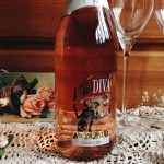Viva Diva Strawberry and Mango Moscato