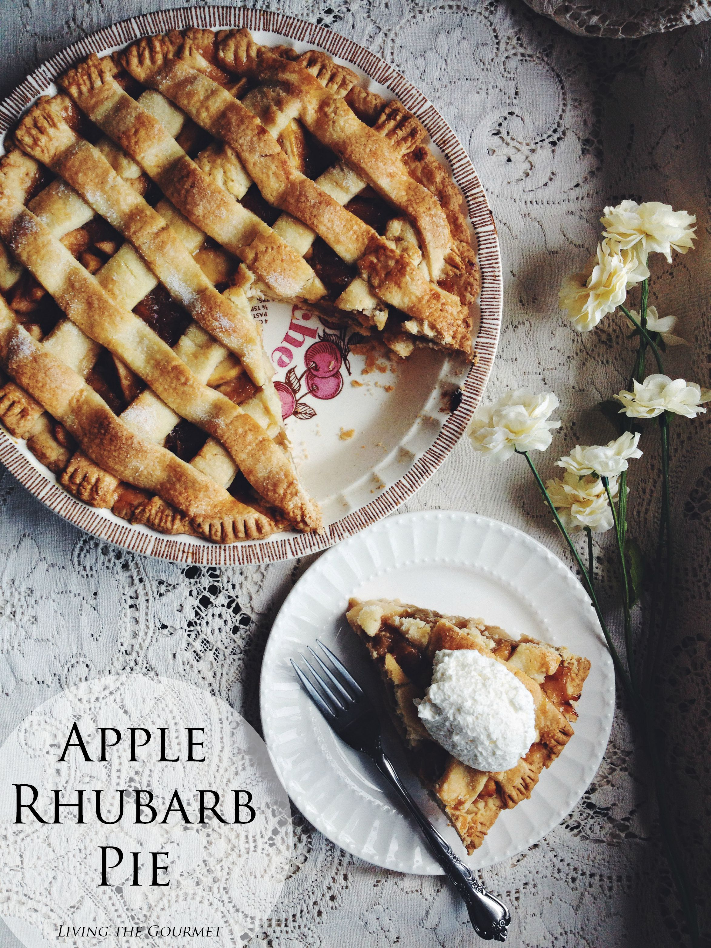 Living the Gourmet: Apple Rhubarb Pie