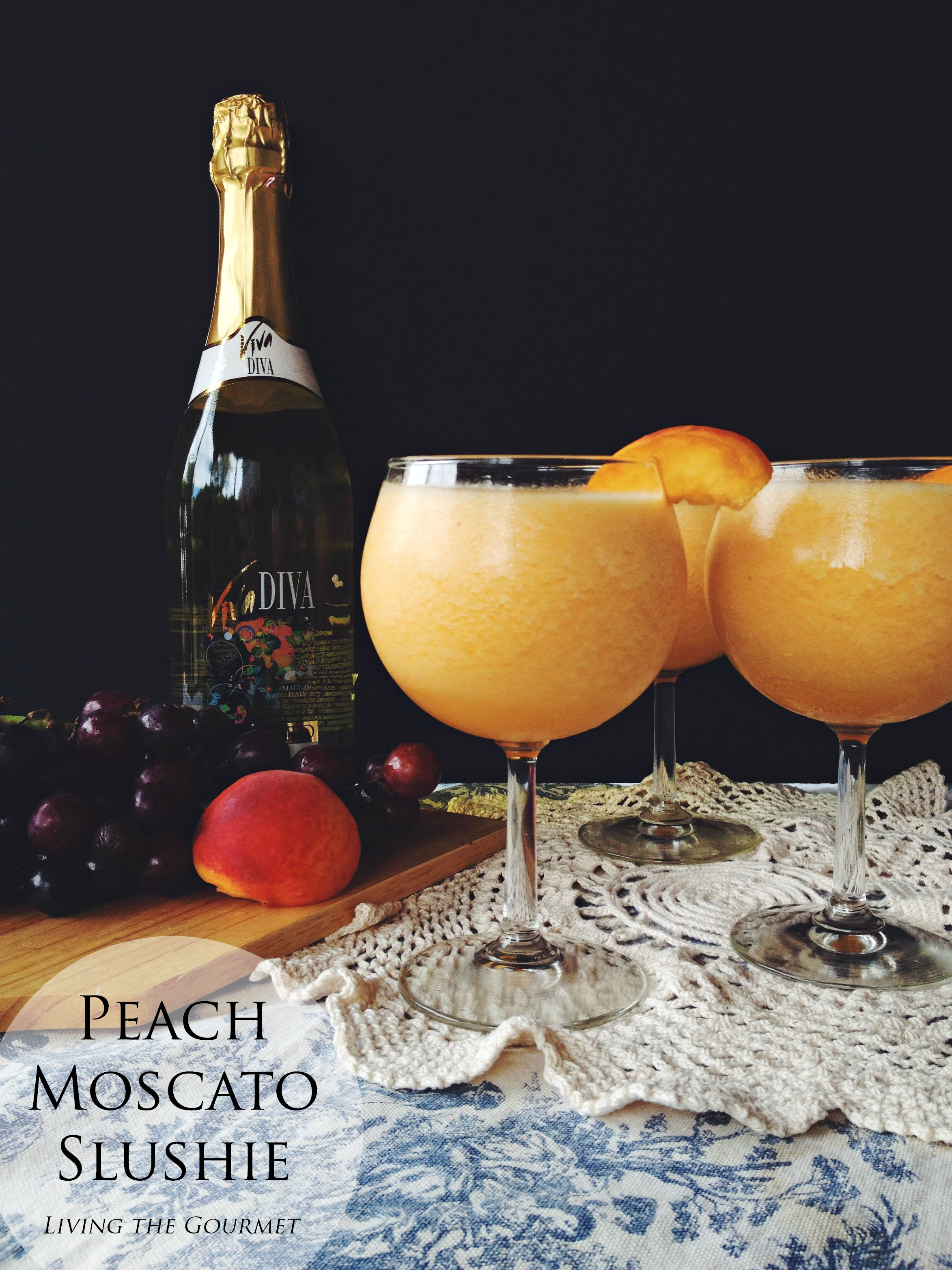 Living the Gourmet: Peach Moscato Slushie