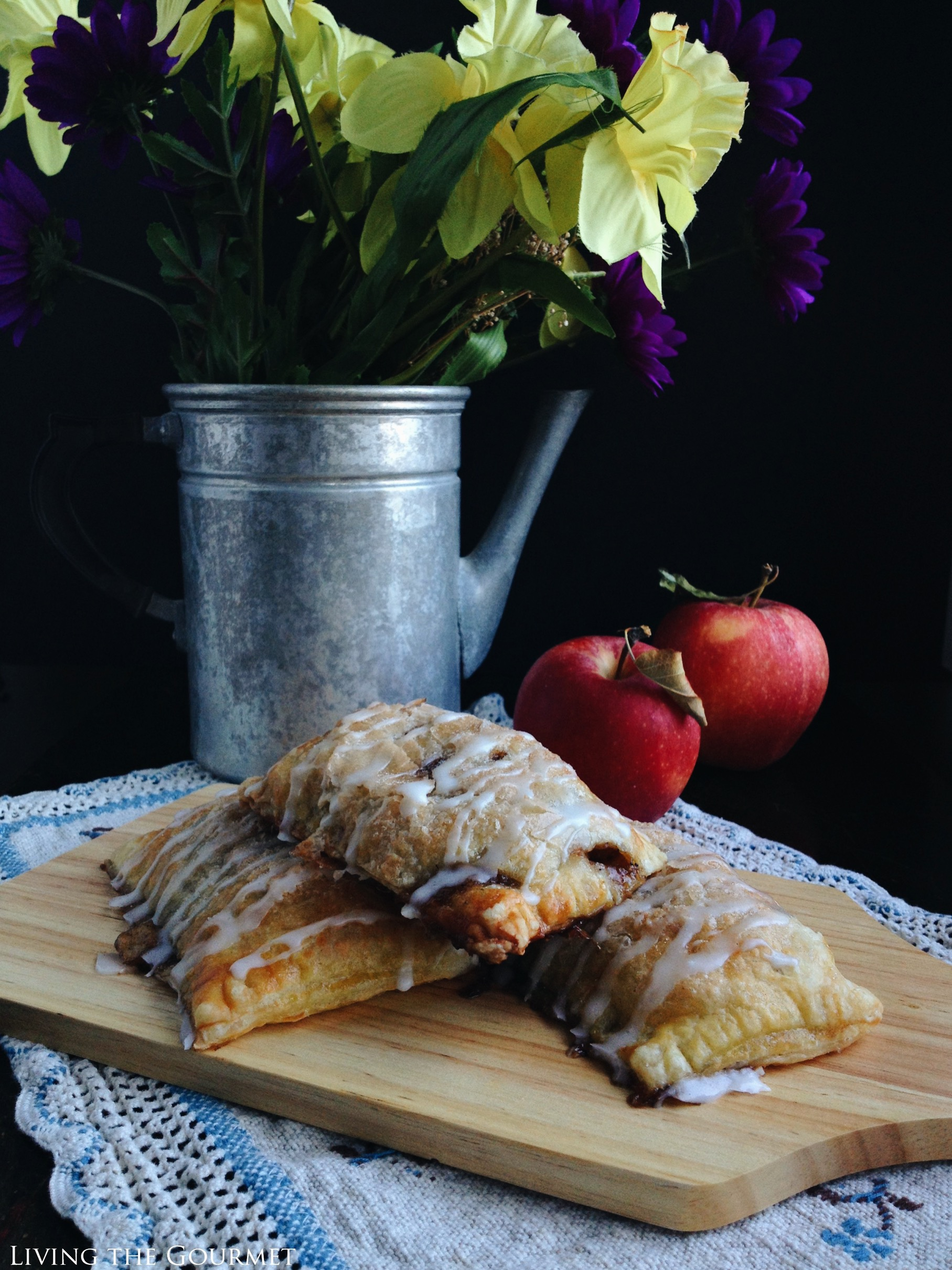 Living the Gourmet: Brown Butter Brandy Apple Hand Pies
