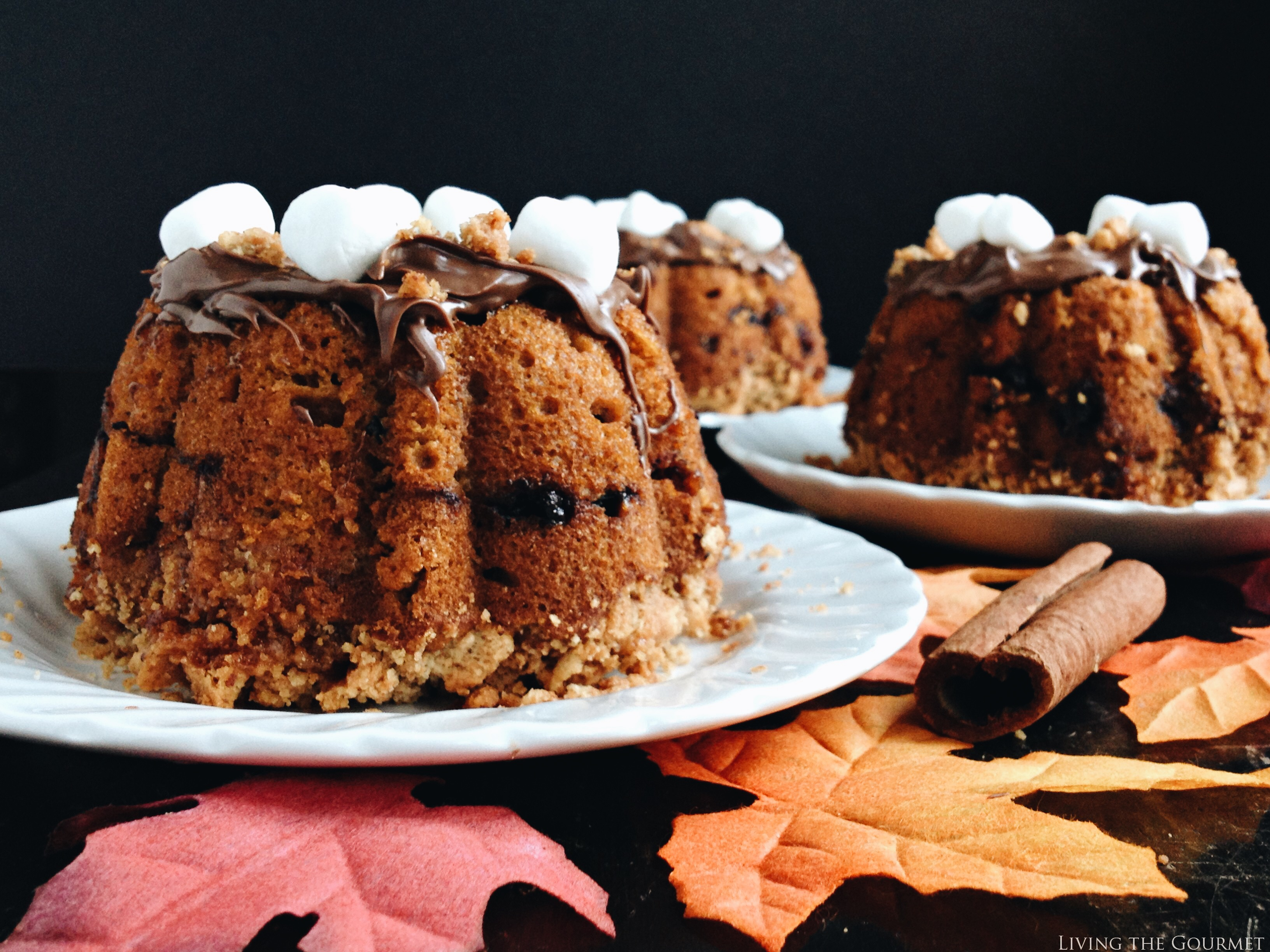 Living the Gourmet: Pumpkin S'mores Bundt | #BundtBakers