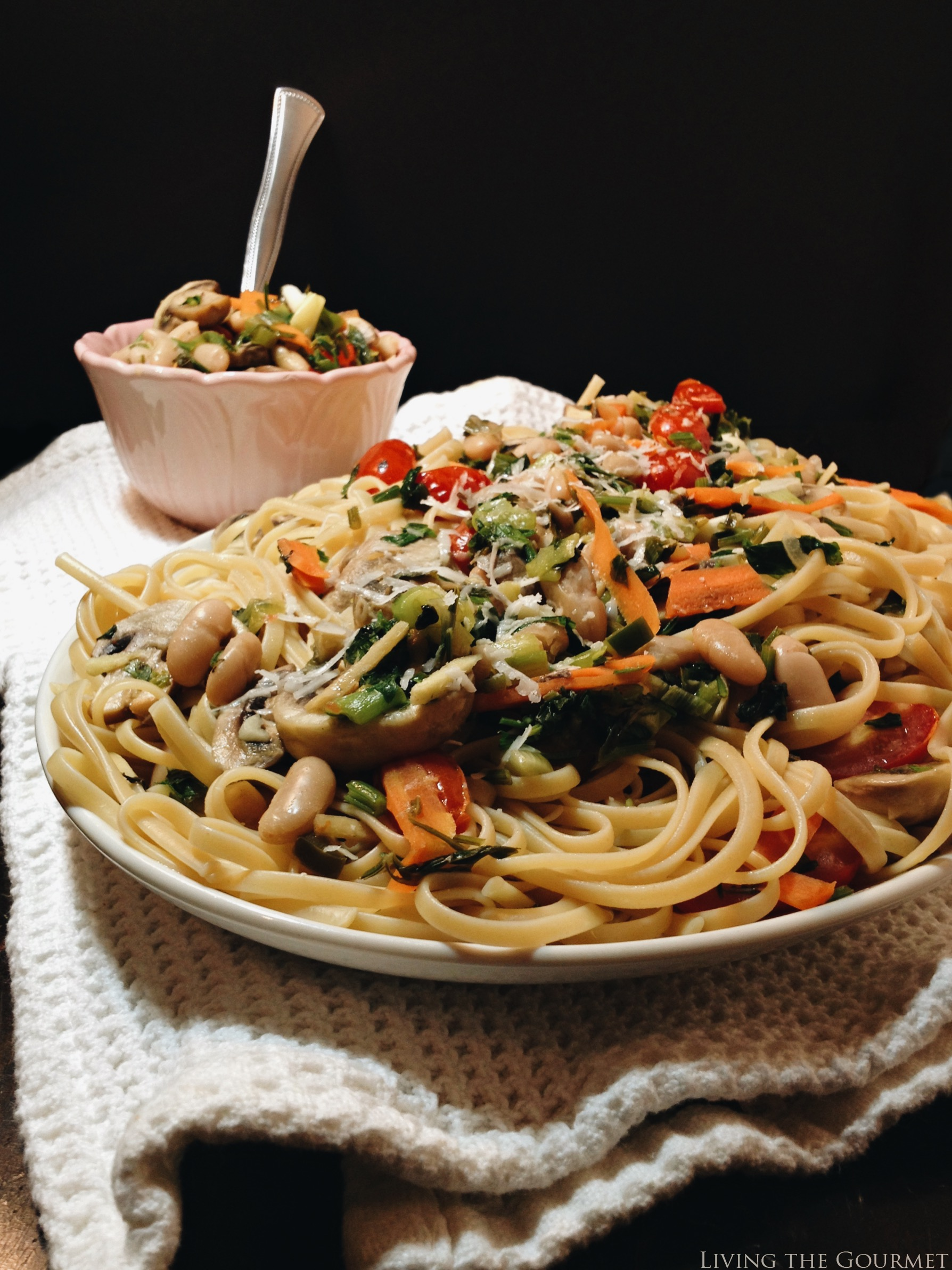 Living the Gourmet: Sautéed Veggies with Linguine