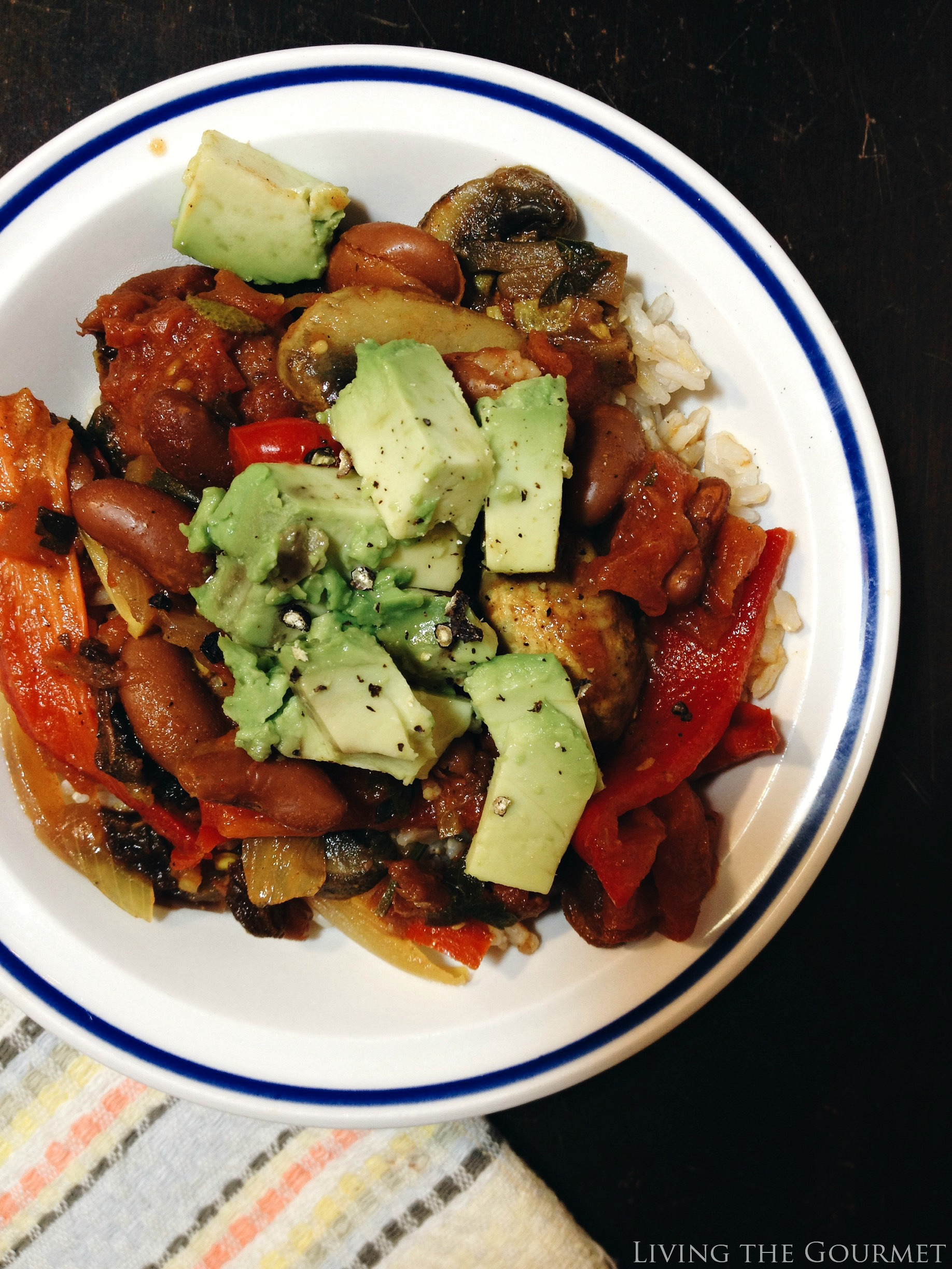 Living the Gourmet: Sweet and Spicy Vegetarian Chili