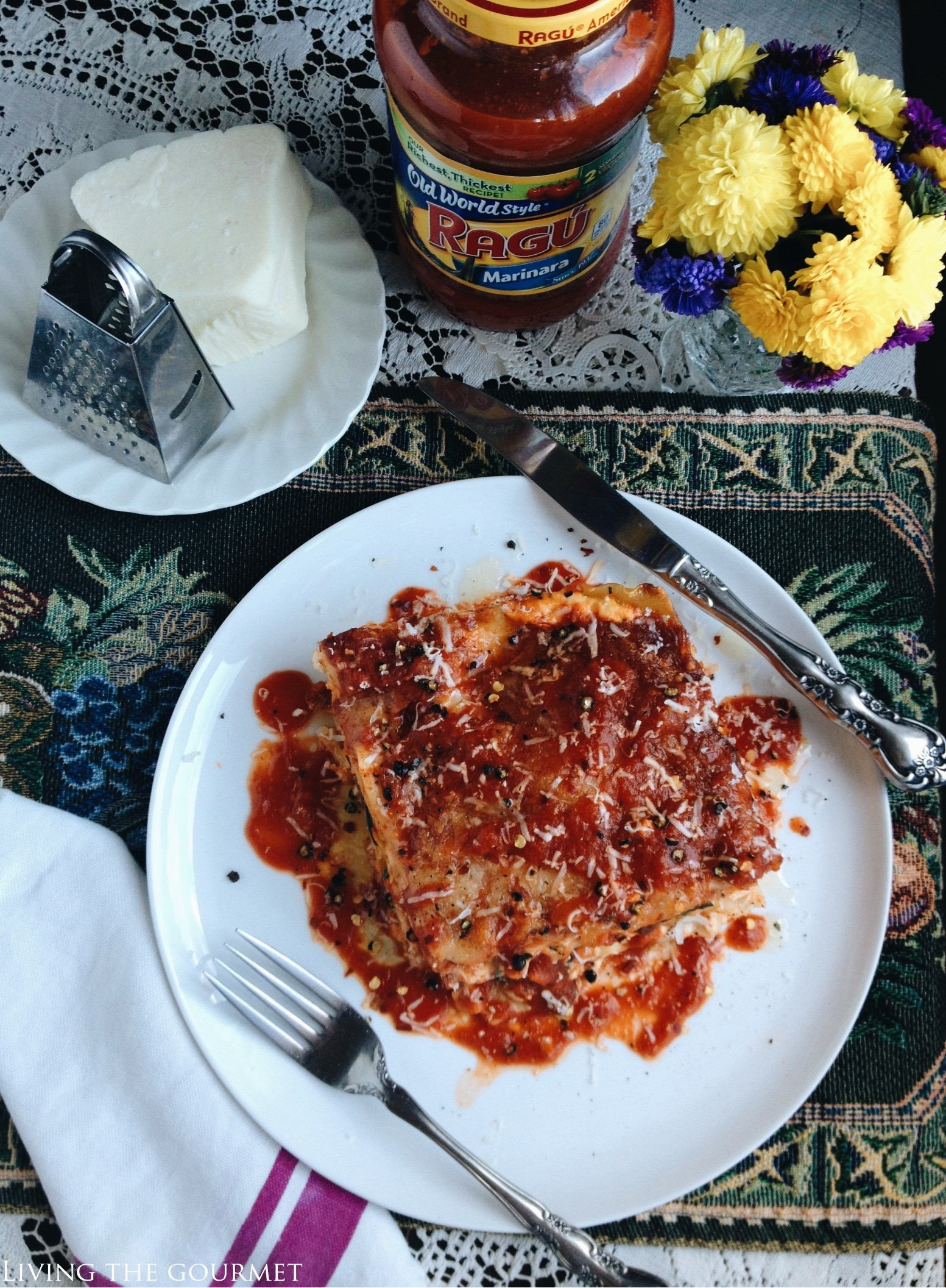 Living the Gourmet: Family Style Lasagna | #simmeredintradition #AD