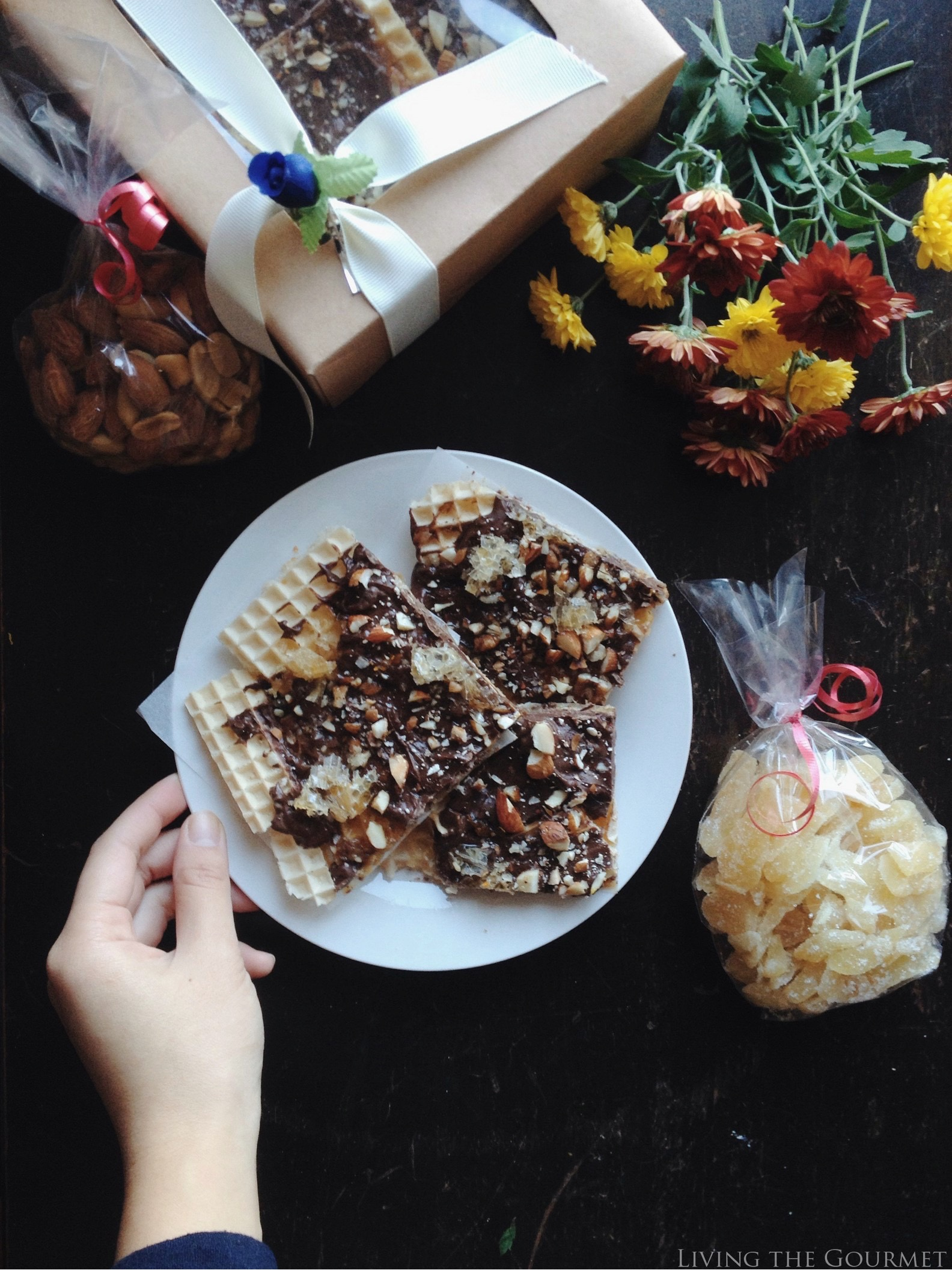 Living the Gourmet: Honeycomb Bark | #HoneyForHolidays AD