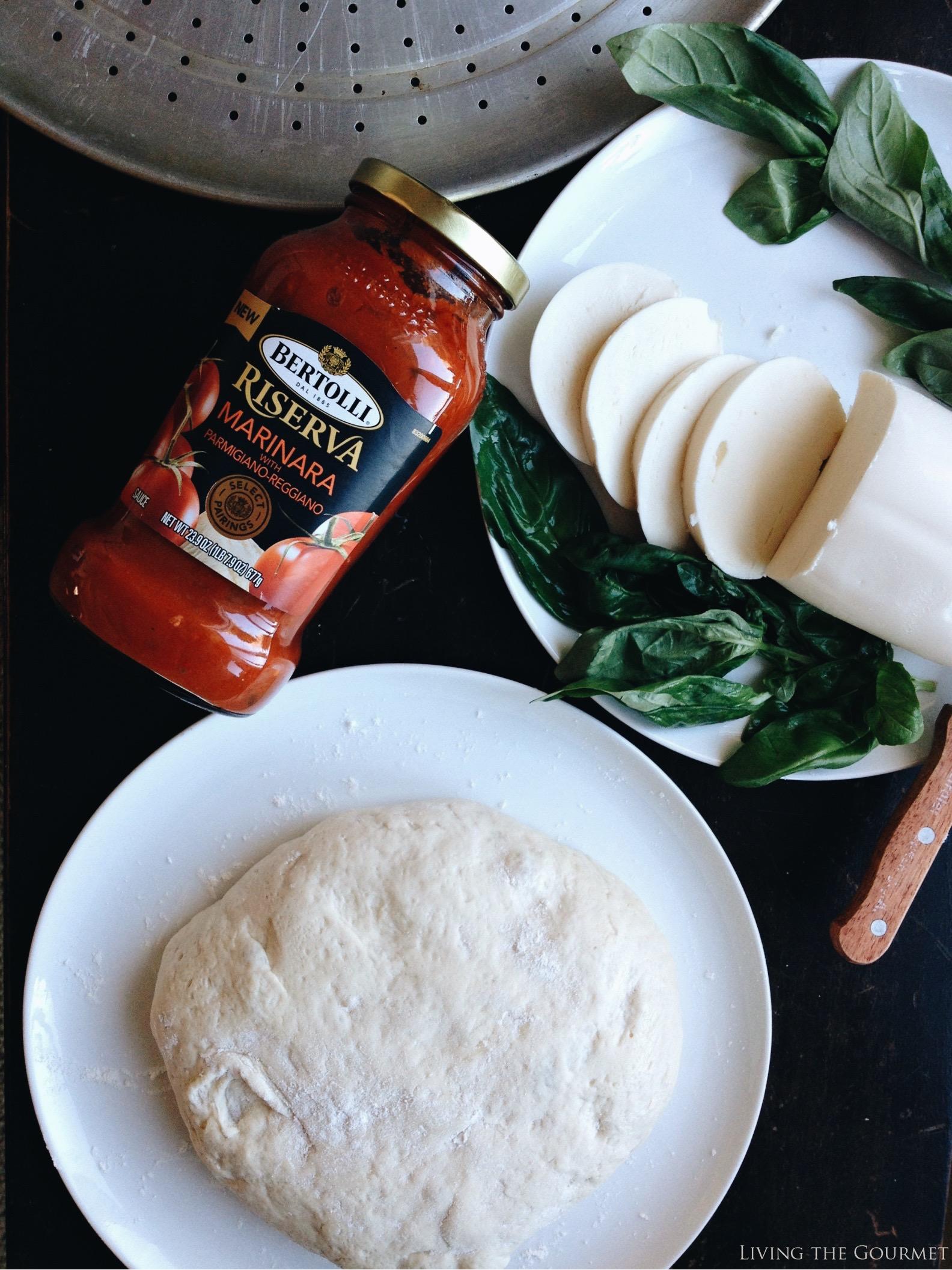 Living the Gourmet: Margherita Pizza