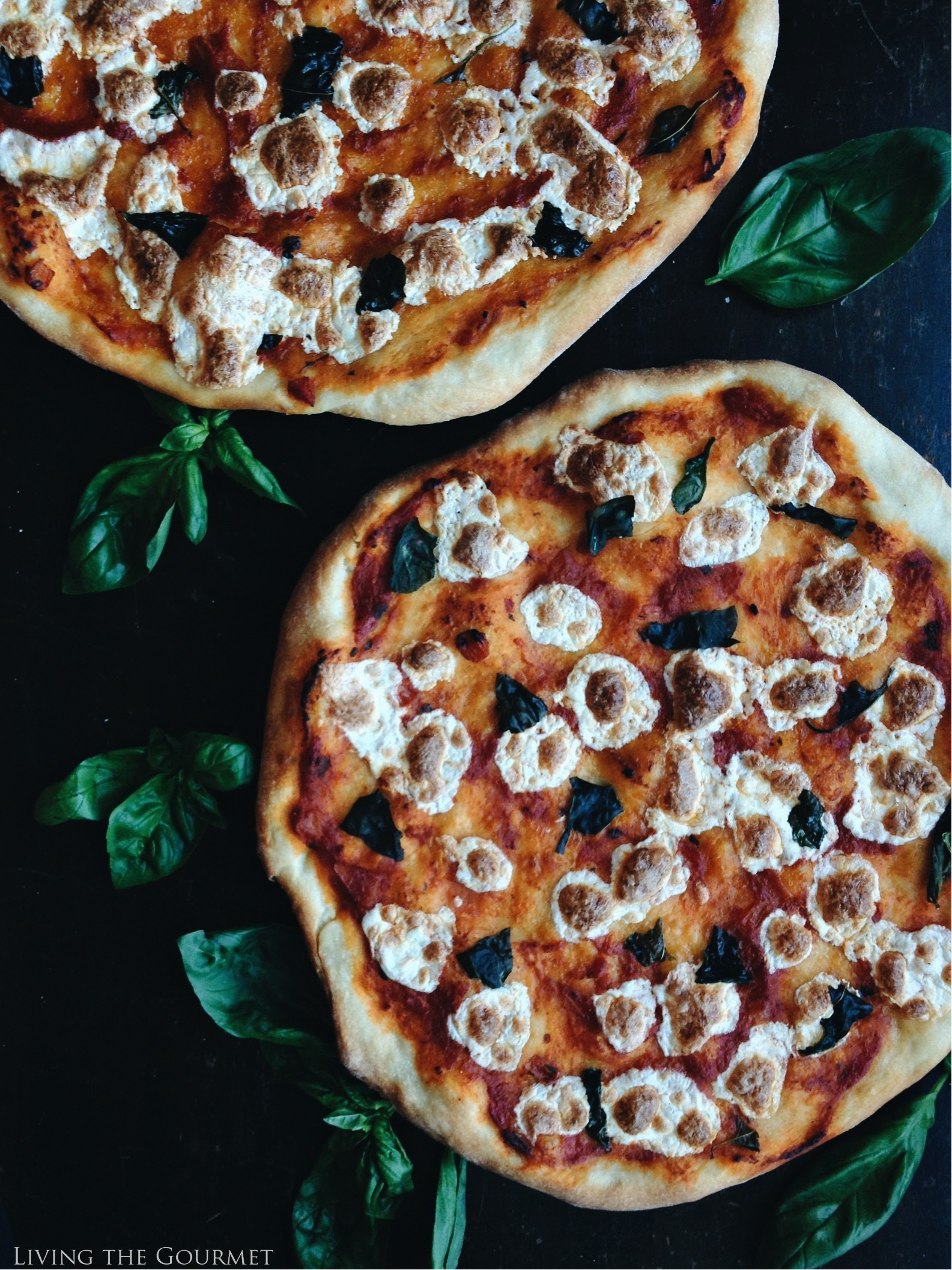 Living the Gourmet: Margherita Pizza