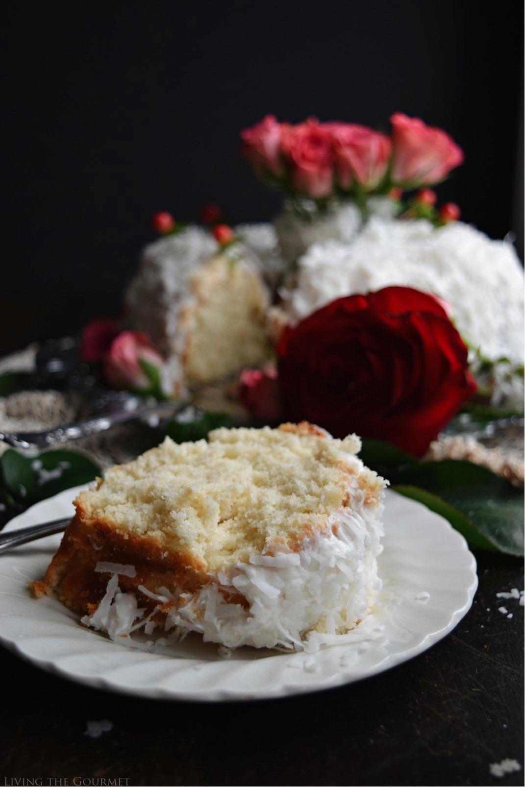 Living the Gourmet: Christmas Rose Bundt Cake | #BundtBakers