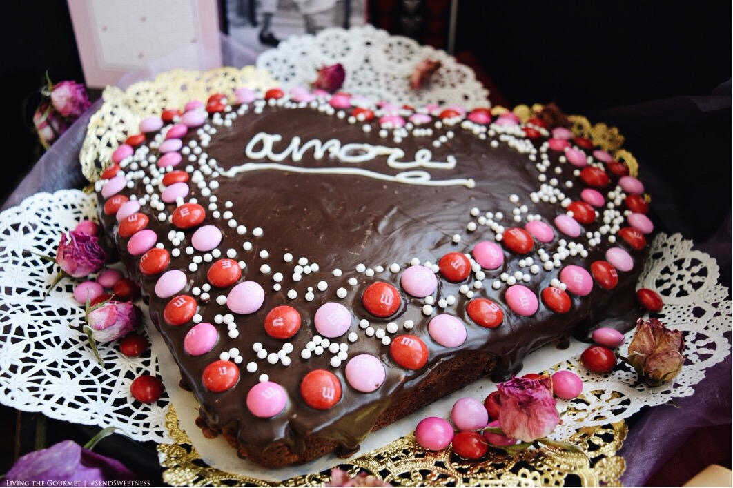 Living the Gourmet: Chocolate Fudge Heart Cake | #SendSweetness #Ad