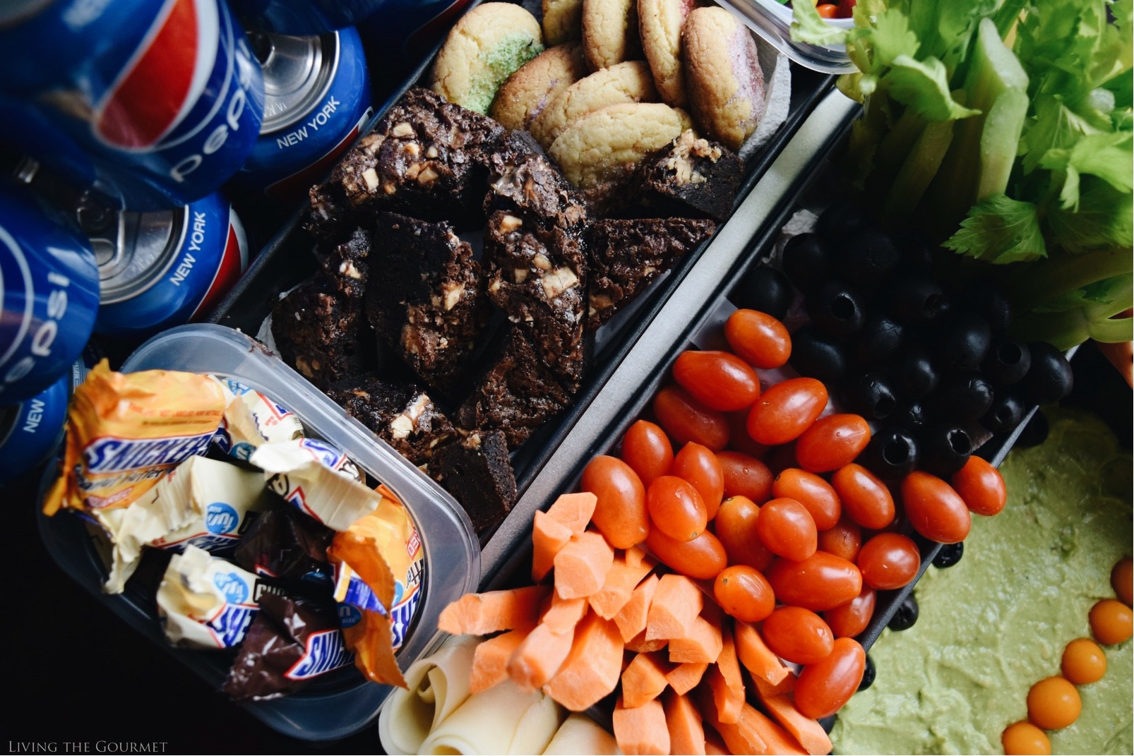 Living the Gourmet: Ultimate Gameday Snack Stadium | #GameDayGlory #ad