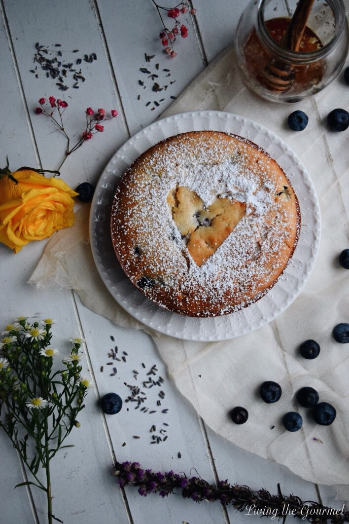 Living the Gourmet: Mini Blueberry and Lavender Cake