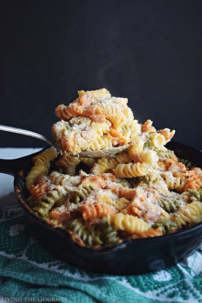 Living the Gourmet: Ham and Cheese Skillet Pasta