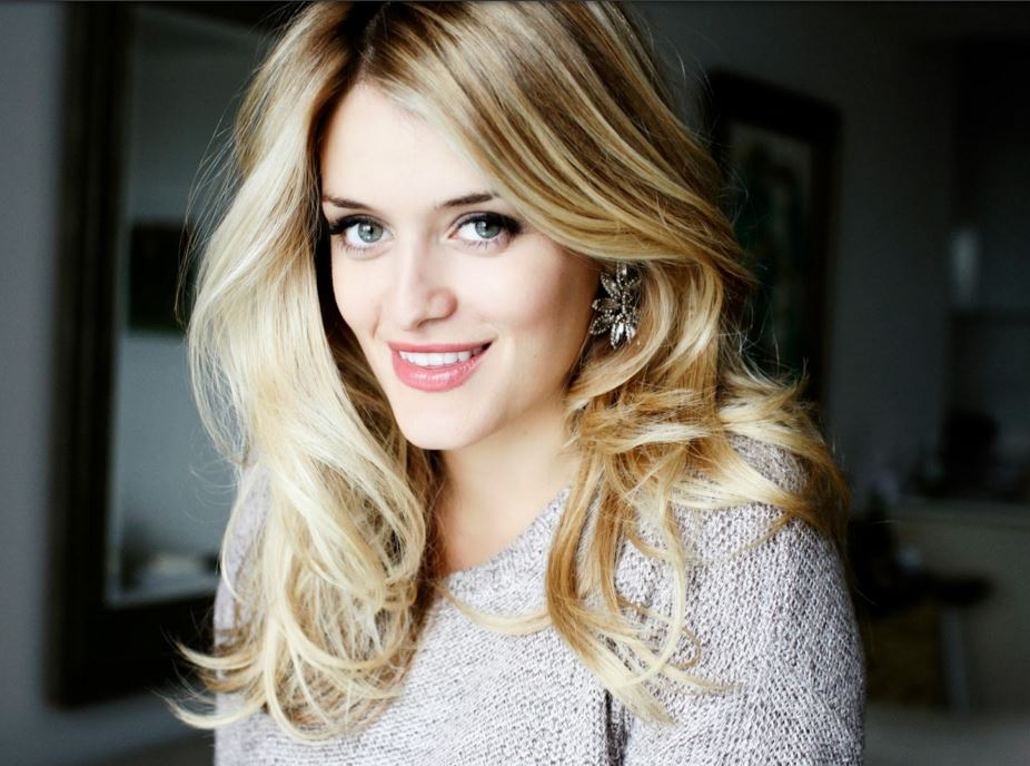 Living the Gourmet: Celebrating National Grilled Cheese Month with Daphne Oz