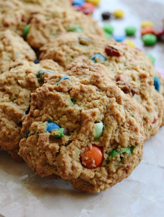 Living the Gourmet: M&M's Chocolate Chip Cookies