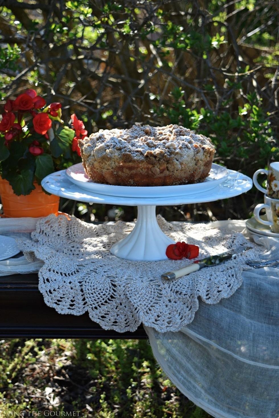 Living the Gourmet: New York Style Crumb Cake | #BundtBakers