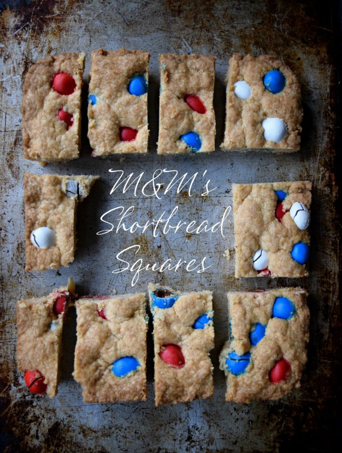 Living the Gourmet: M&M's Shortbread Squares | #CelebrateWithM #Ad