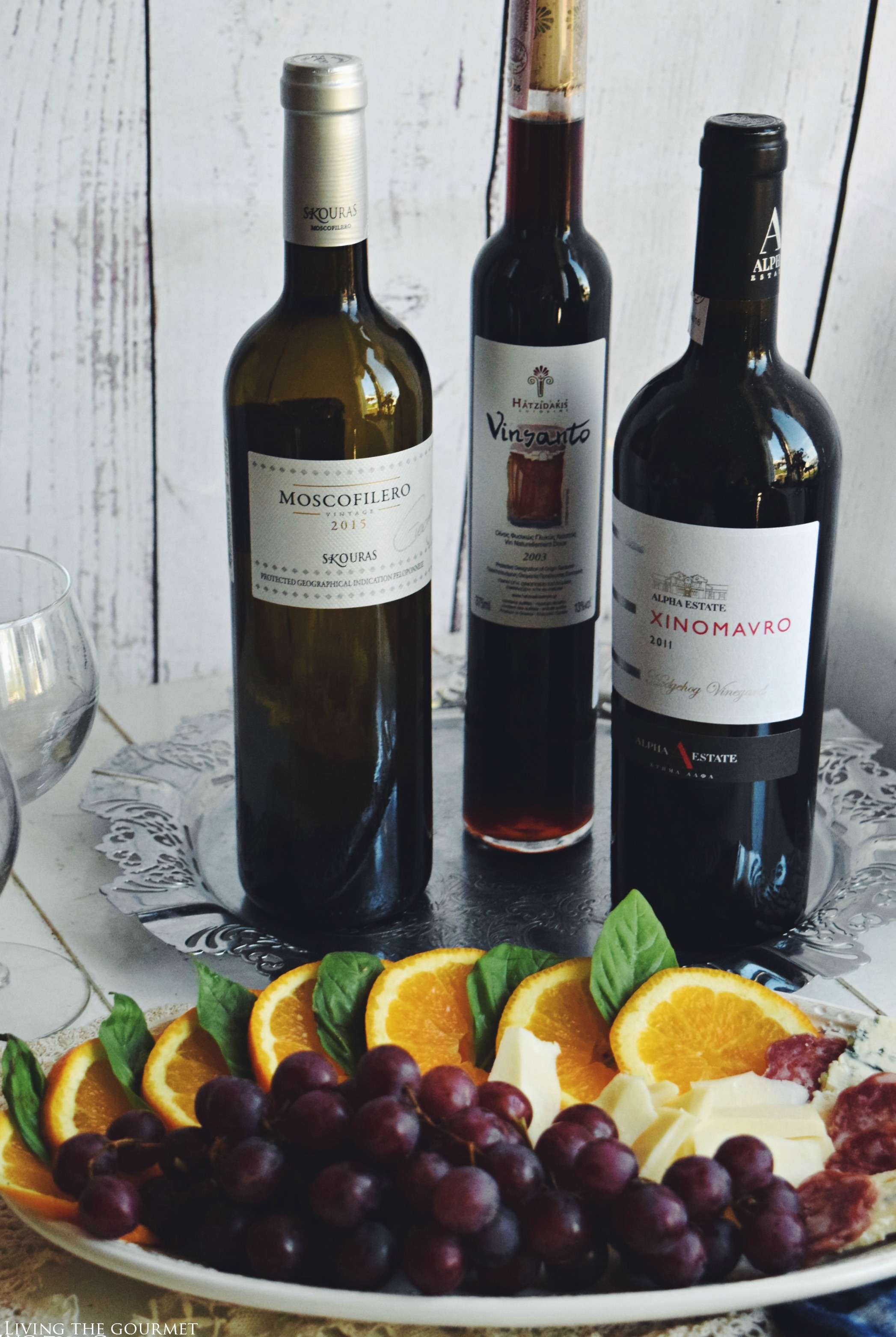Living the Gourmet: Summer Selection of Greek Wines