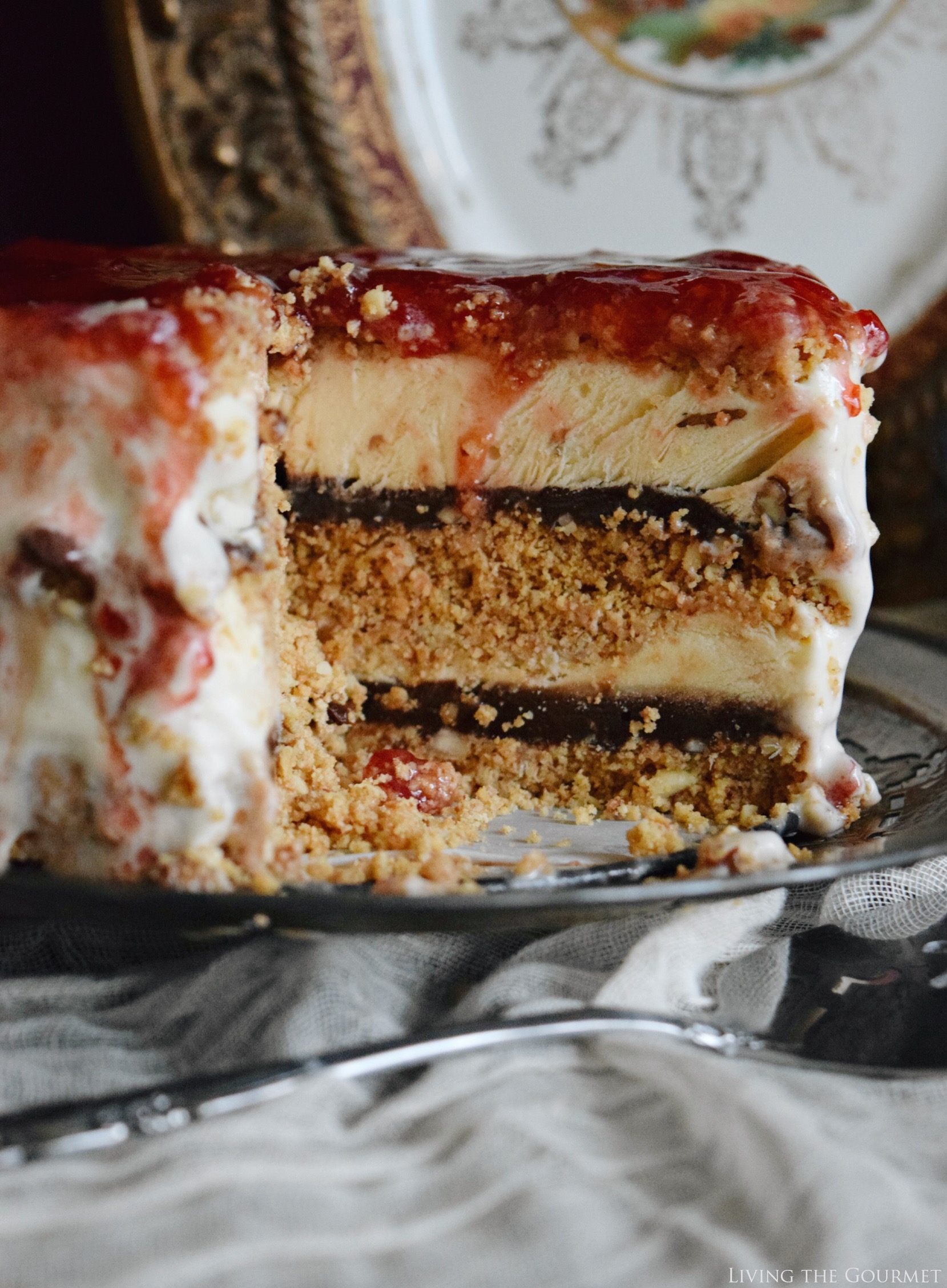 Living the Gourmet: Butter Pecan and Vanilla Ice Cream Cake | #SoHoppinGood #TopYourSummer #ad