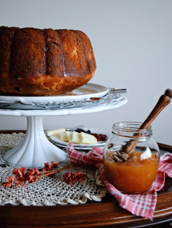 Living the Gourmet: Apple Honey Blossom Bundt | #BundtBakers