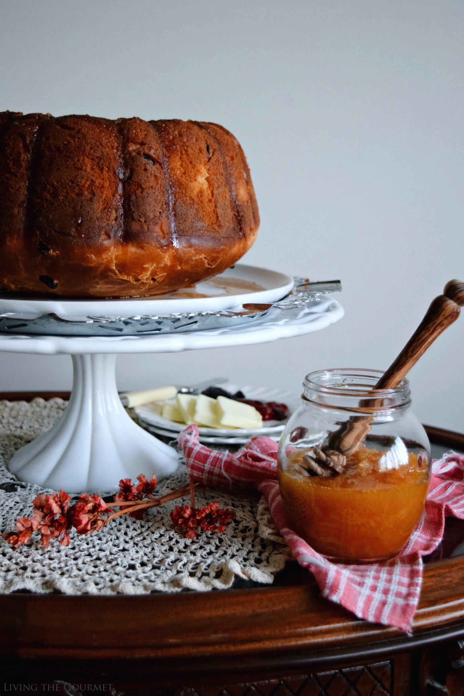 Living the Gourmet: Apple Honey Blossom Bundt | #BundtBakers