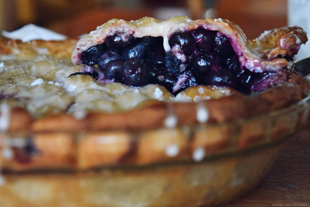 Living the Gourmet: Blueberry Basil Pie