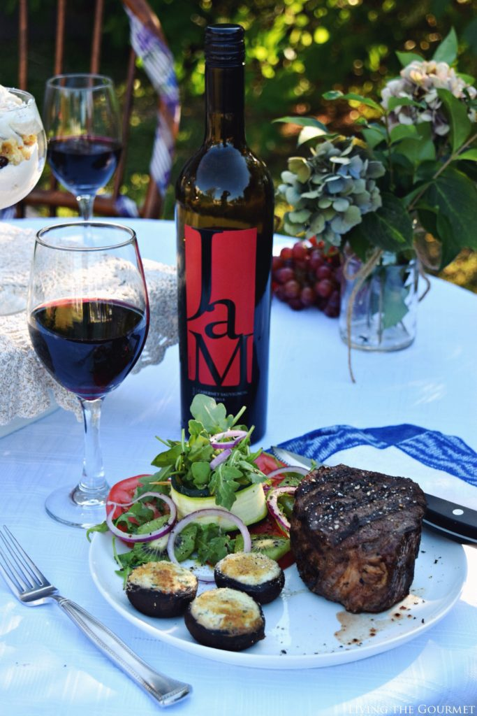 Living the Gourmet: Summer Blues Fest | #ChillwithJaM #JaMCellars #ad