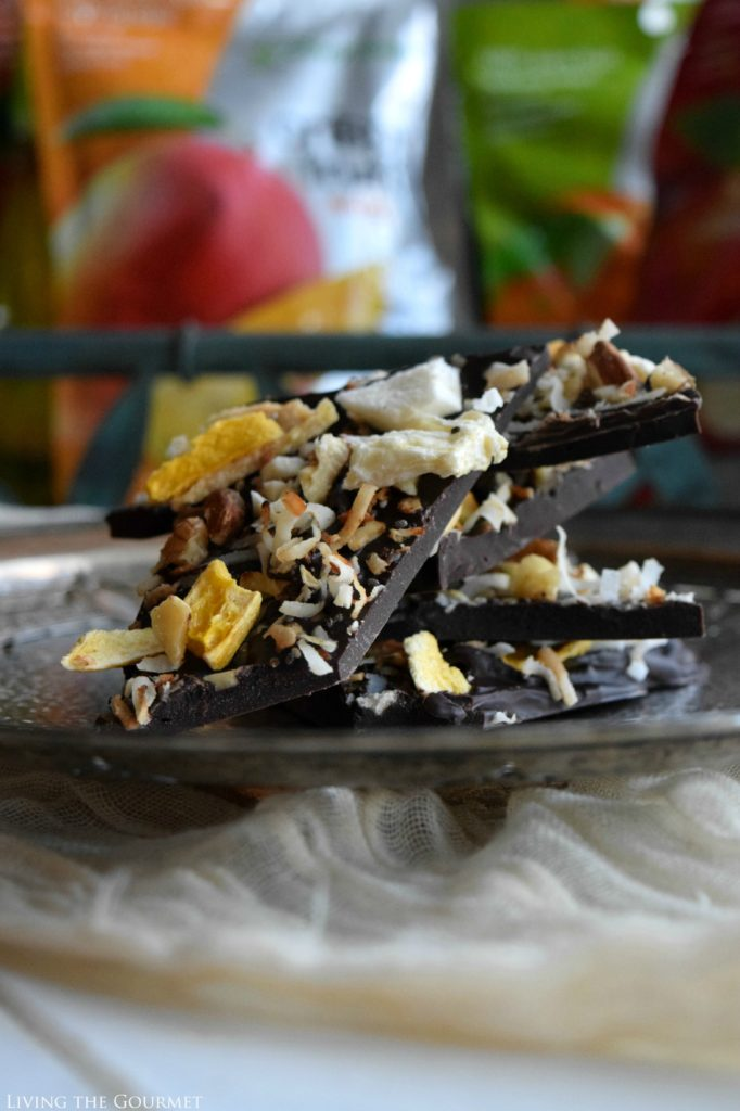 Living the Gourmet: Healthy Fruit and Nut Bark