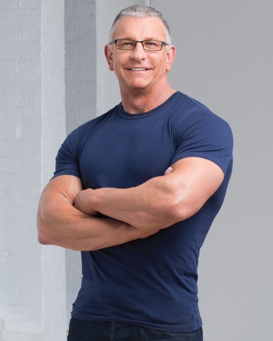 Living the Gourmet: Signature Sidekicks with Chef Robert Irvine