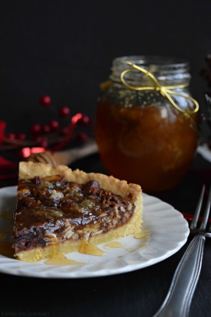 Living the Gourmet: Honey Nut Tart | #HoneyForHolidays #DonVictorHoney #ad