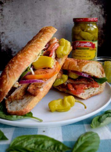 Living the Gourmet: Italian Peperoncini Sub Sandwiches are a delicious way to enjoy the mildly piquant, fruity flavor of Mezzetta Peperoncini | #DontForgettaMezzetta #Mezzetta