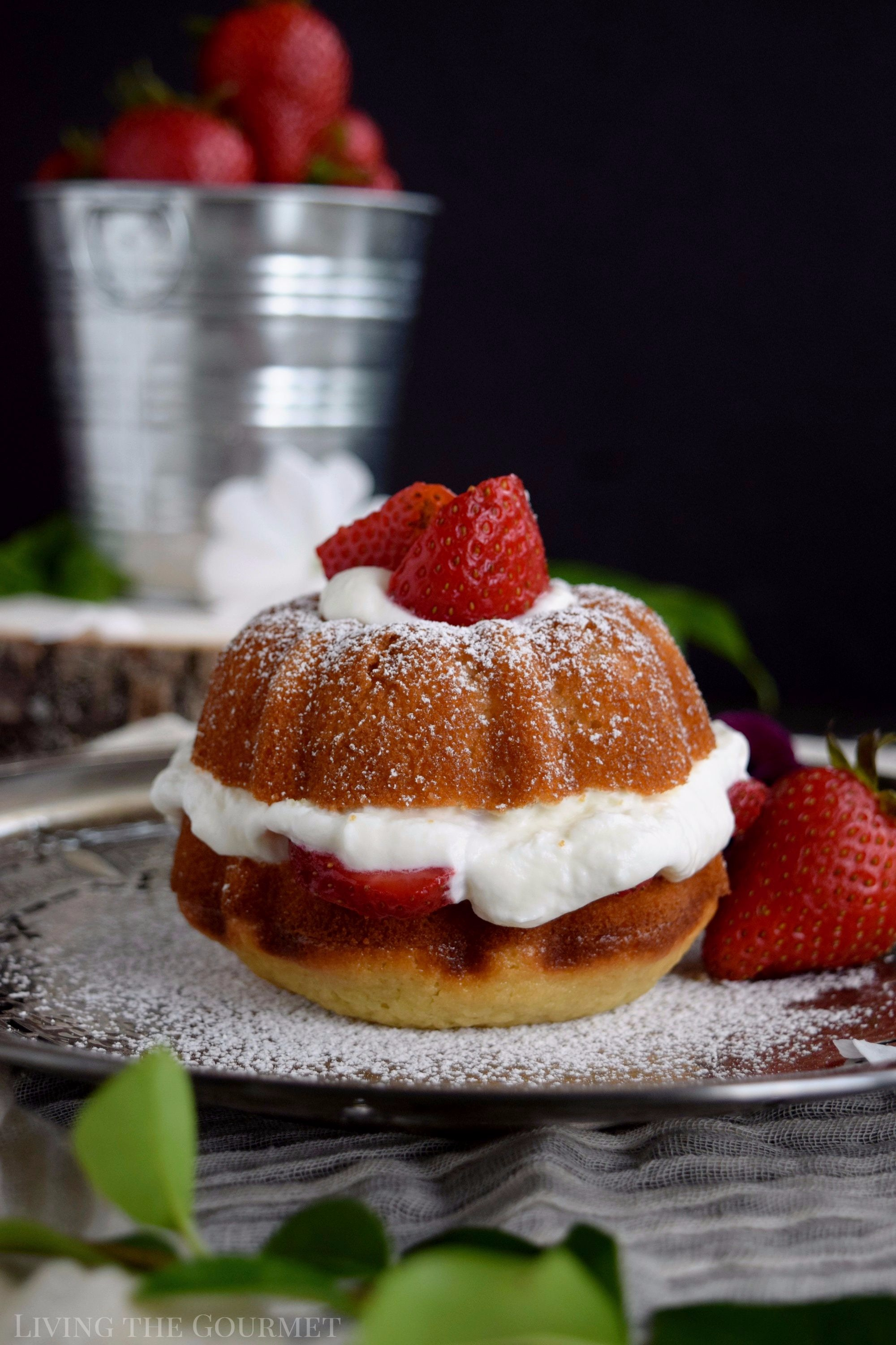 Living the Gourmet: Revamp your favorite strawberry dessert with these Strawberries and Cream Naked Bundt Cakes. #BundtBakers
