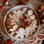 Low Carb Gingerbread Cookies (Gluten Free, Refined Sugar Free)